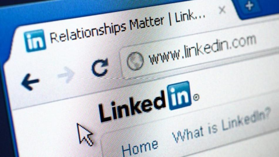 9-ways-to-add-linkedin-to-your-company-website-ece762014e